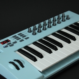 Cover of track midi keyboard by Fluent